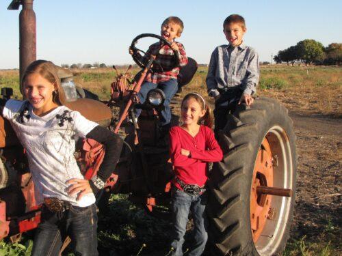 Braune Farms Kids