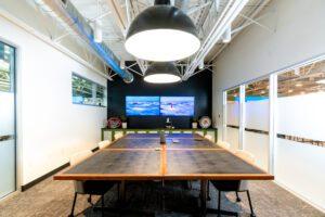 Cowork: Meeting Room TV